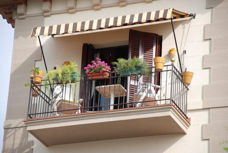 kleinen-balkon-gestalten